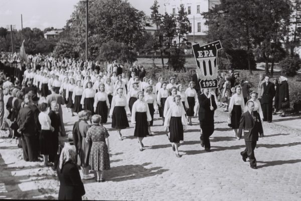 1956-023