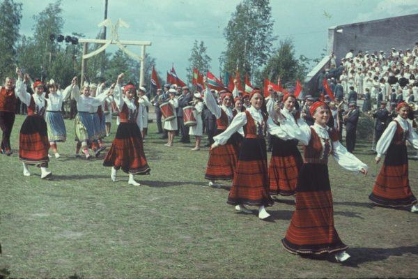 1967-033